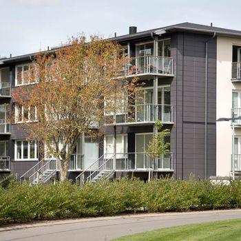 Niels Bohrs Plads 1, 2.th., 9700 Brønderslev