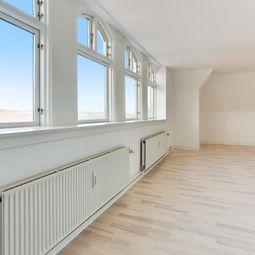Skøn lejlighed tæt ved Axeltorv