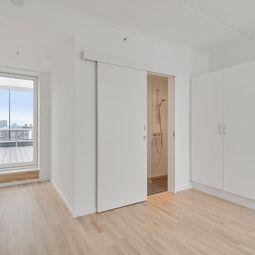 Delevenlig 4-værelses lejlighed på Aarhus Ø